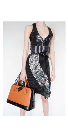 030514_Louis_Vuitton_Nicolas_Ghesqiere_Juergen_Teller_Fall_2014_Lookbook_slide_10