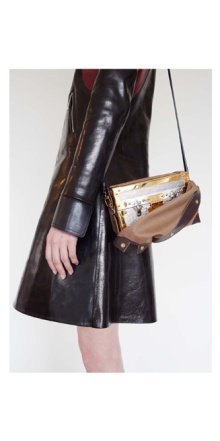 030514_Louis_Vuitton_Nicolas_Ghesqiere_Juergen_Teller_Fall_2014_Lookbook_slide_26